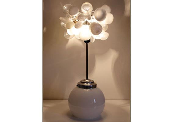 Lampe White : une création Récupatine